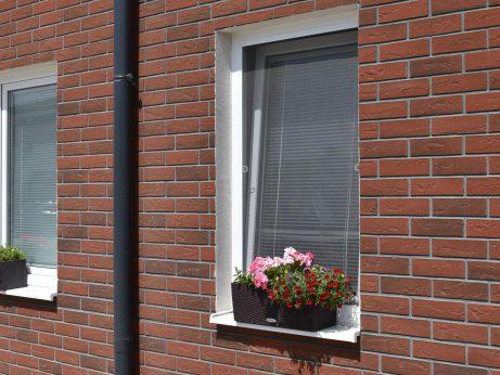 plastové okná a dvere