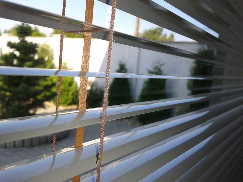 žalúzie naplastové okná